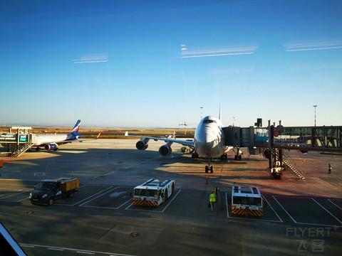 【海上生明月】ROSSIYA航空744:从叶卡捷琳堡飞克里米亚#金秋畅游#