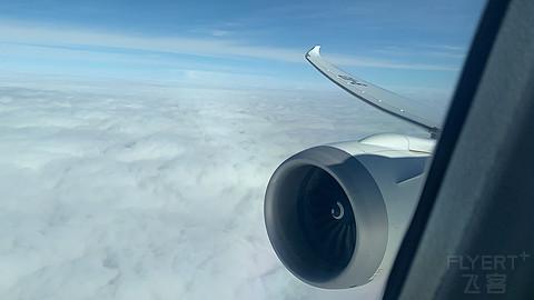 SHA-CKG上海航空FM9423 B787-9公务舱体验