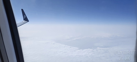 山东航空 SC2185 青岛流亭-长春龙嘉 公务舱 B737-800 B-1442 飞行报告