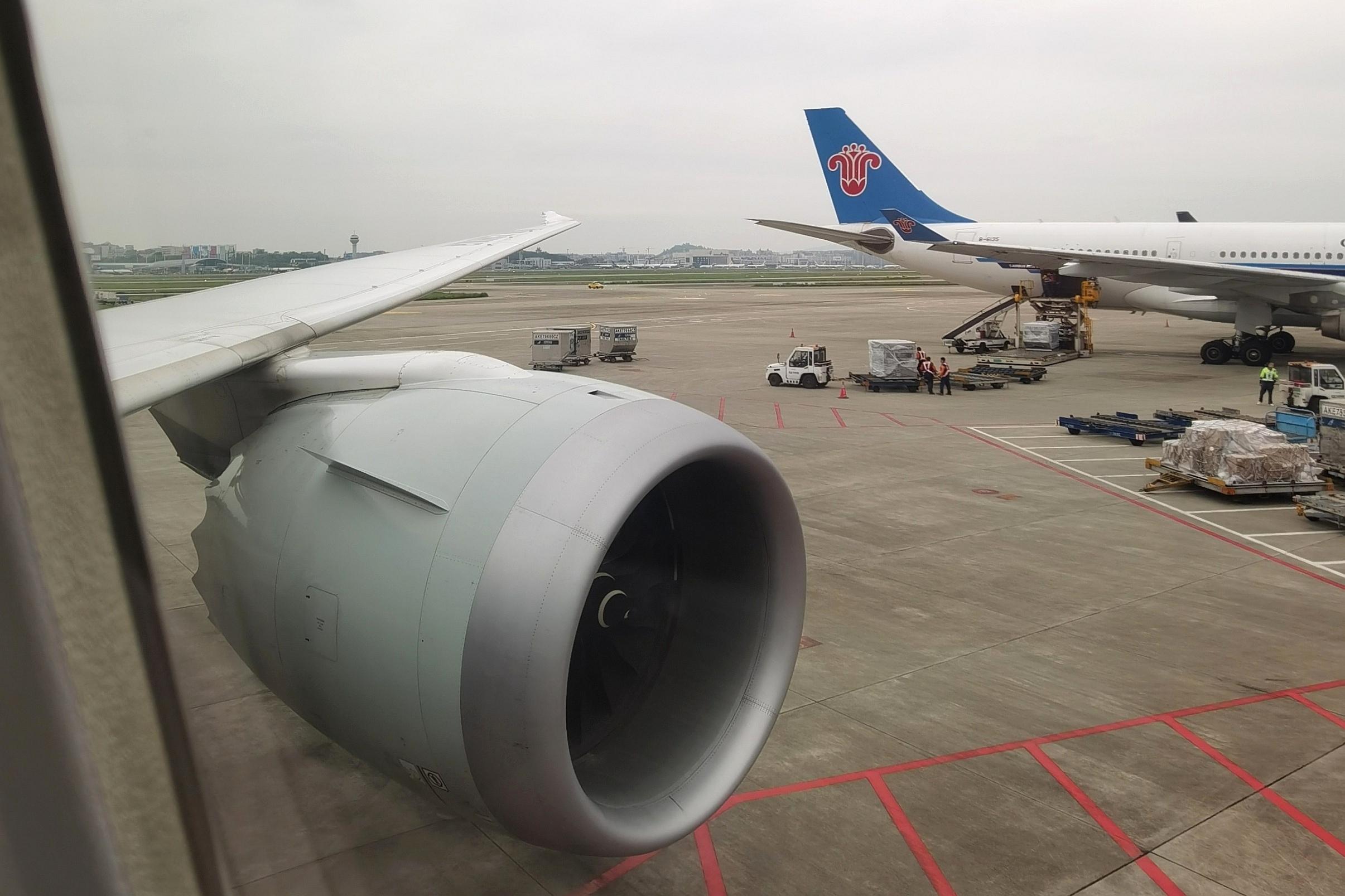 拔草国航梦想客机B787-9,公务舱体验,CA4577,重庆江北CKG-杭州萧山HGH