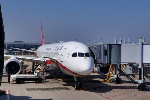 【上海航空】搭乘梦想客机波音787-9,体验国内最强包厢式公务舱,广州白云CAN-上海虹 ...