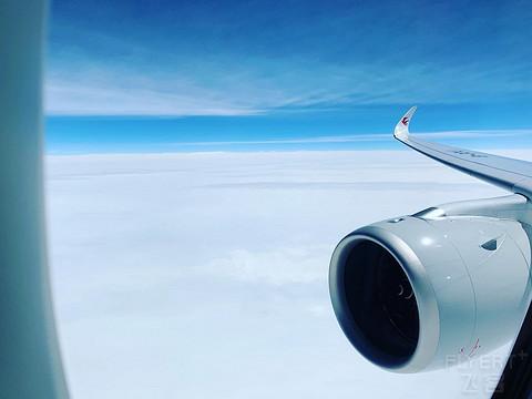 东航A359  PVG-CTU(心心念念的包厢)体验,注册号B-321J商业航班的第一位登机的旅客
