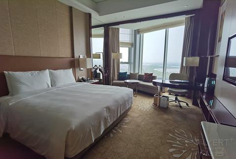 有半个江景的哈尔滨JW万豪酒店行政房体验