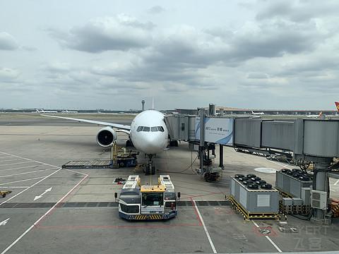 【航空版首帖】五一出游,继续经典的京沪线——东航MU5114头等舱体验