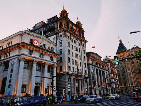 优缺点都很突出的上海南京路假日酒店