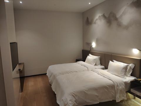 5.2打卡莫干山诺富特酒店豪华双床房