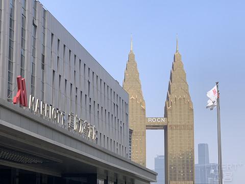 「重庆」隐藏的江景套房| 重庆万豪酒店