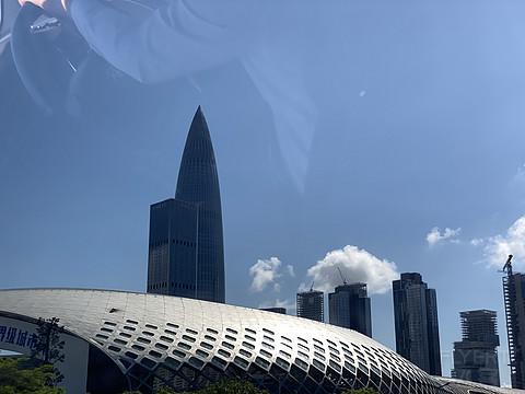 许久没有感受过城市与海湾结合的魅力,深圳安达仕豪华湾景套房