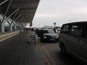 以前正常日子的飞行记录 搭乘港龙和因航经<em>香港</em>去伦敦(1)过年期间难得热闹的ngb