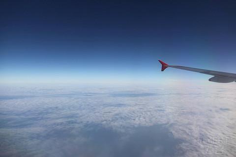 以前正常日子的飞行记录 搭乘港龙和因航经香港去伦敦 (1)过年期间难得热闹的ngb