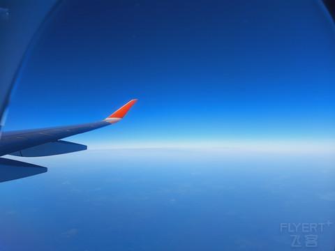【六月彼得堡】搭乘俄航墨镜侠,飞圣彼得堡#趁初夏,去旅行#