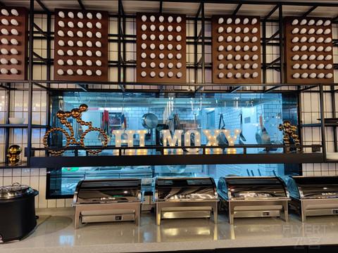 飞客首发   快捷酒店中的W 上海虹桥商务区moxy开业首日打新