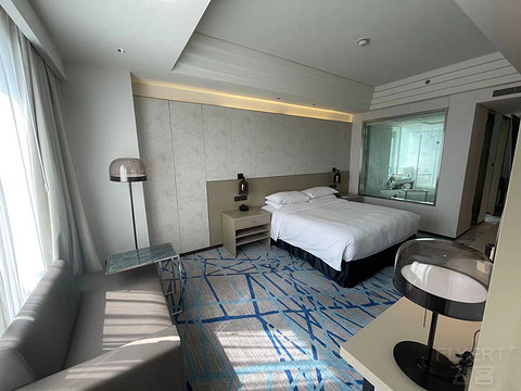 端午入住厚道的上海漕河泾万丽酒店