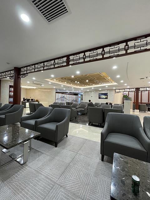 首都机场T3休息室重装开放