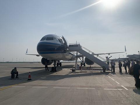 #趁初夏,去旅行#被南航换机两次,北京大兴——成都飞行报告