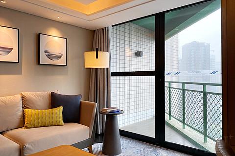 「无可奈何花落去,似曾相识燕归来」北京希尔顿酒店小套房