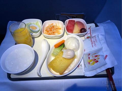 7月4号重庆-哈尔滨国航商务舱早班机报告