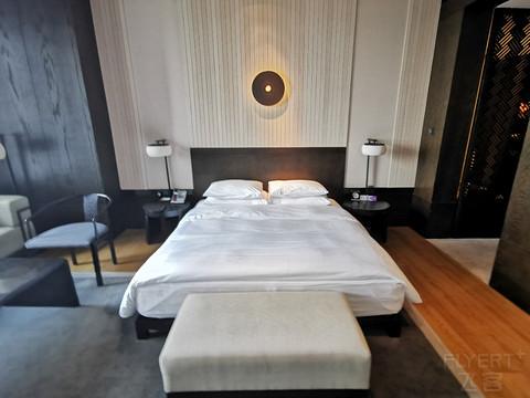 武汉之光--光谷凯悦酒店