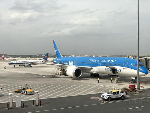 """厦门航空B787-9""""联合国梦想号""""公务舱&浦东机场190号休息室体验"""