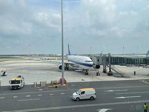 【京沪线南航332商务舱】  PKX-SHA CZ8887大兴机场第一次初体验!超激动