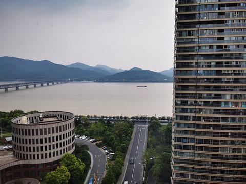 深山夕照深秋雨--杭州滨江世融艾美酒店