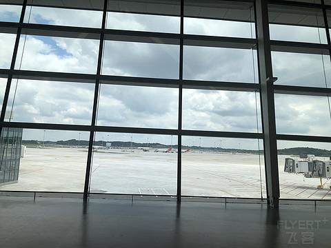 解封第二天,打卡成都天府机场
