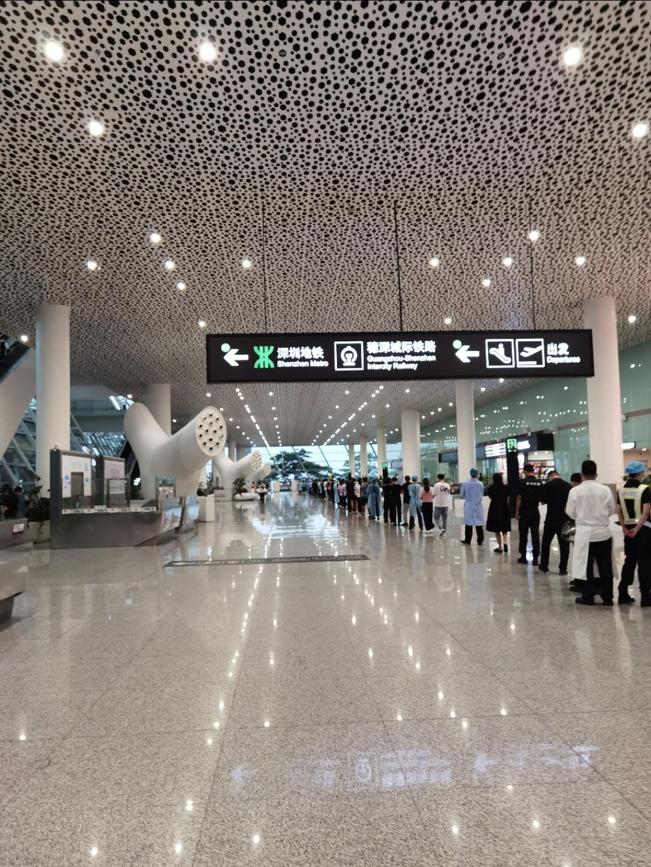 中国国际航空 CA1733 杭州--深圳 公务舱