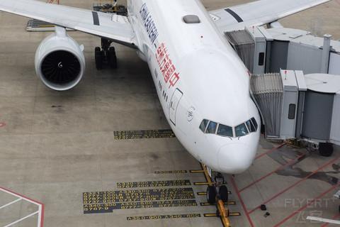 东航B777京沪线公务舱体验,打卡MU旗舰机型,上海虹桥SHA-北京首都PEK