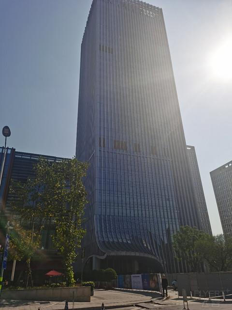 厚道的酒廊-重庆两江高科希尔顿