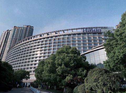 南京世茂滨江希尔顿酒店江景套房体验