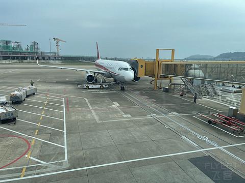 四川航空 珠海-重庆-太原-重庆