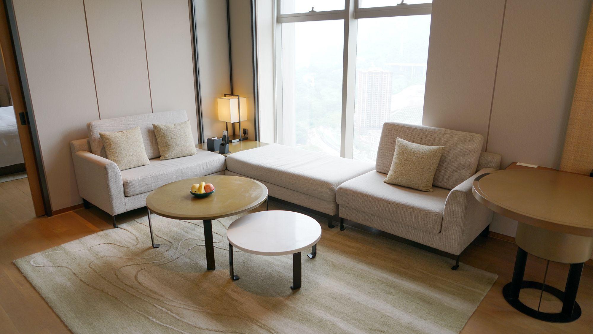 俯瞰山河,唯我独尊:坐拥无遮挡360度全景的重庆万豪酒店