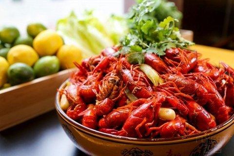 ¥298/2位--上海西藏大厦万怡周末小龙虾自助晚餐
