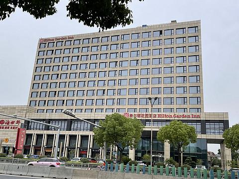 上海新虹桥希尔顿花园刷房