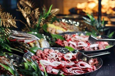¥180/位--上海卓美亚喜玛拉雅酒店海陆炙烤盛宴单人自助餐