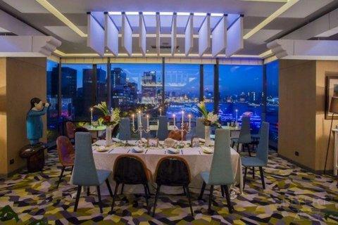 【限量闪购】¥148起/位--上海外滩英迪格酒店东南亚半自助晚餐