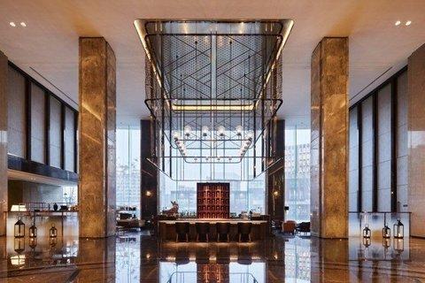 【法定节假日不加价】¥2888/套--上海卓越铂尔曼大酒店总统套房+行政房度假套餐