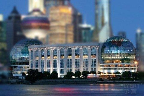 【实现大闸蟹自由】¥218/位--上海国际会议中心&amp东方滨江大酒店蟹宴主题自助晚餐