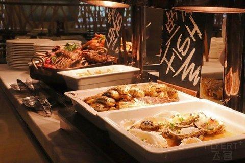 人广C位五星酒店自助餐!¥138/位--上海新世界丽笙大酒店单人自助午餐