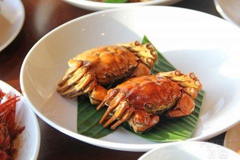 【蟹蟹有你】¥338起/2大1小--上海龙之梦万丽酒店青餐厅大闸蟹自助晚餐